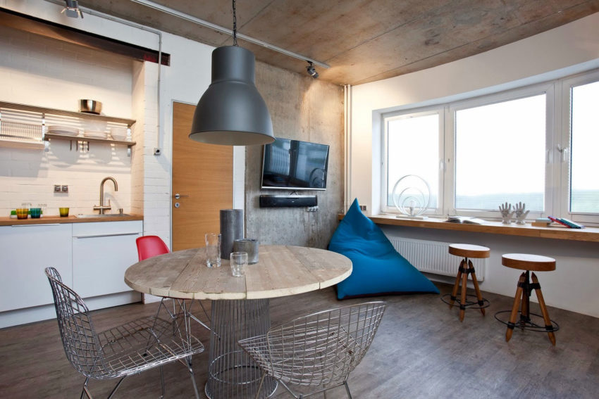 Home in Krasnogorsk by Studio Odnushechka (9)
