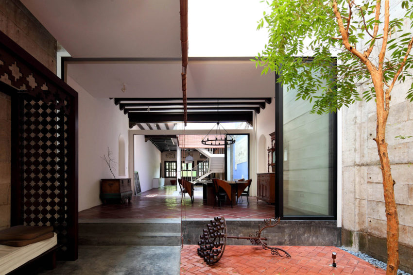 House at Neil Road by ONG&ONG Pte Ltd (12)