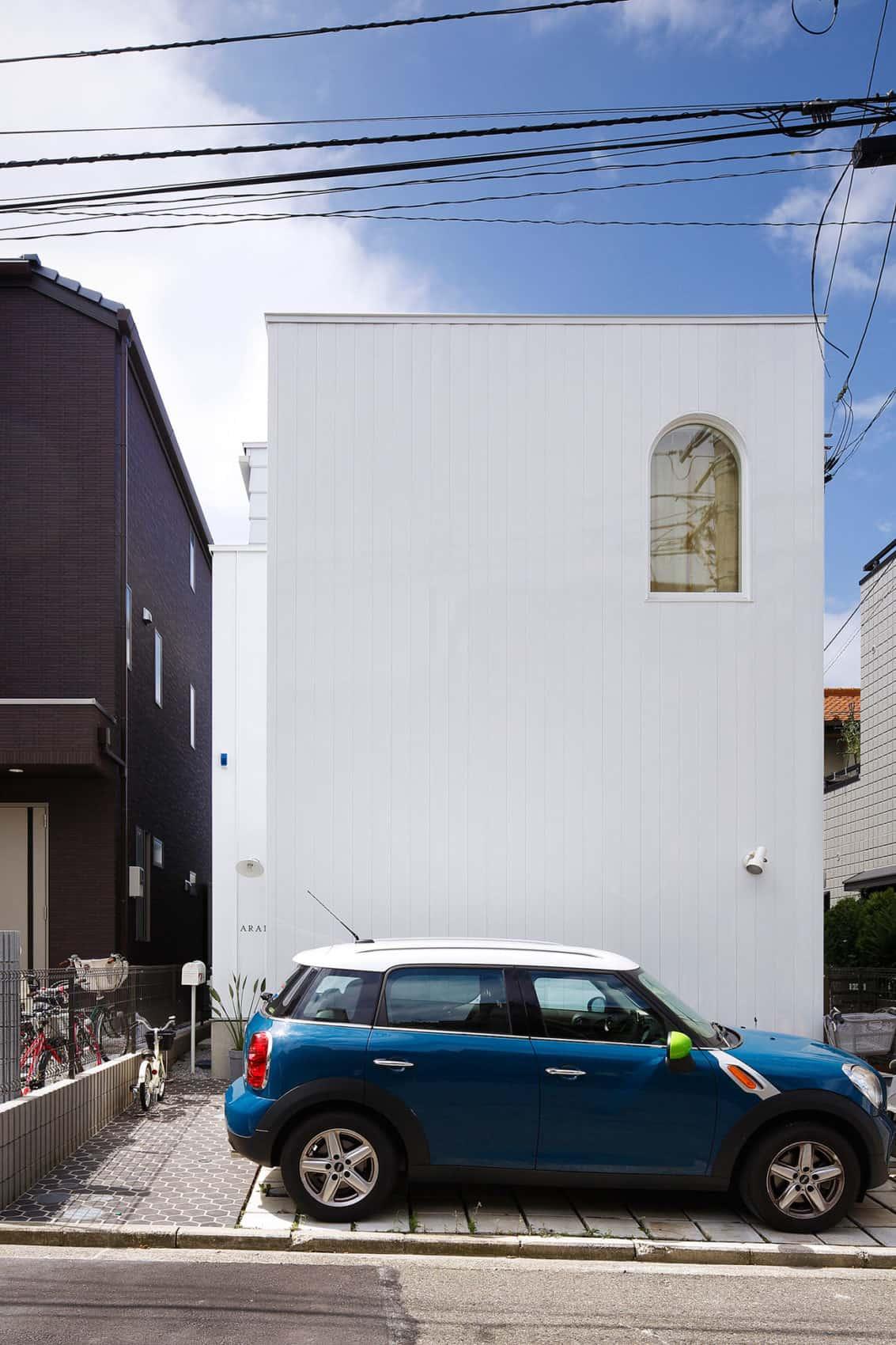 House in Tama-Plaza by Takushu ARAI Architects (2)