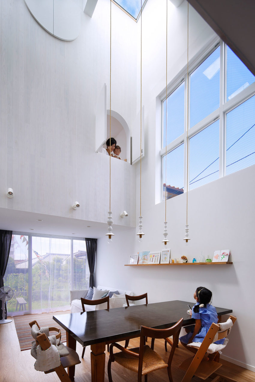 House in Tama-Plaza by Takushu ARAI Architects (6)
