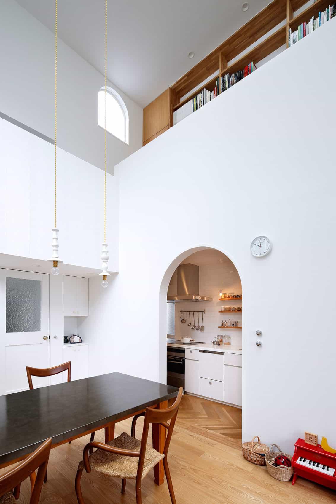 House in Tama-Plaza by Takushu ARAI Architects (7)