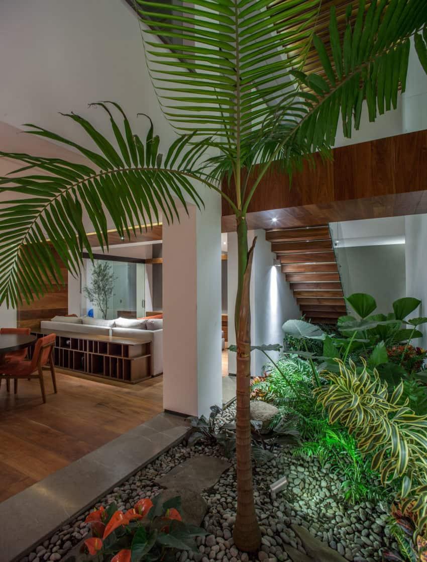 la casa de los 5 patios by almaz n arquitectos asociados