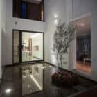 La Casa de los 5 Patios by Almazán Arquitectos Asociados (14)