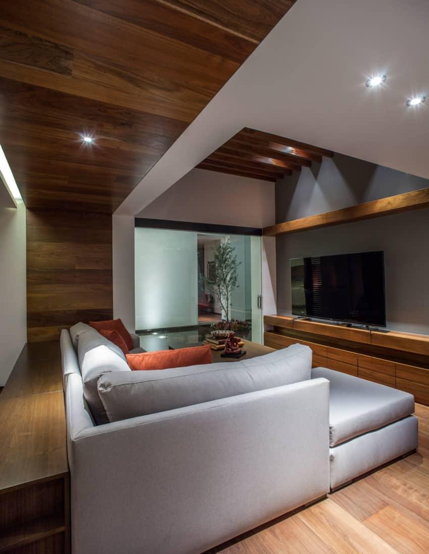 La Casa de los 5 Patios by Almazán Arquitectos Asociados (17)