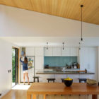 offSET Shed House by Irving Smith Jack Architects (10)
