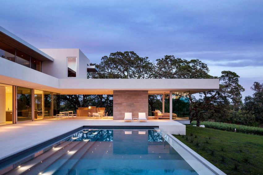 Retrospect Vineyards Residence by Swatt Miers Architects (13)