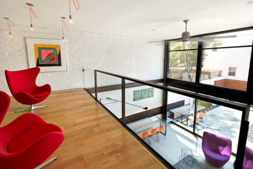 Salt and Pepper House by KUBE Architecture (15)