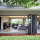 The Triangle House by Phongphat Ueasangkhomset (6)