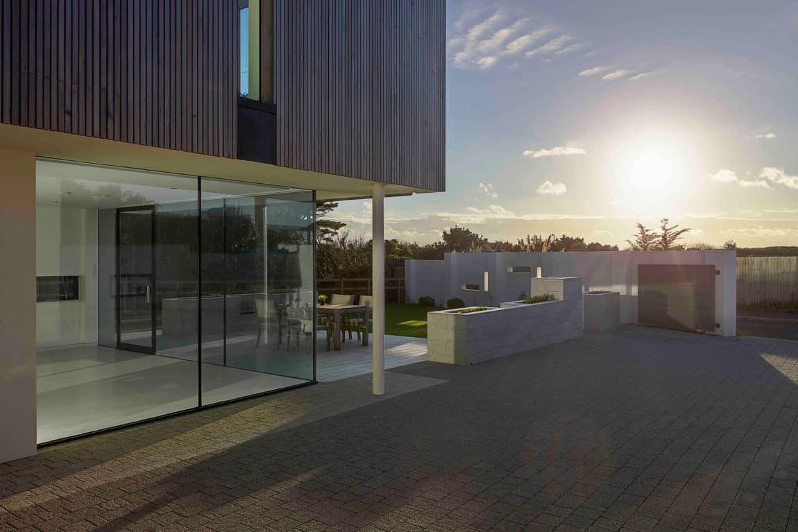 Zinc House by OB Architecture (15)