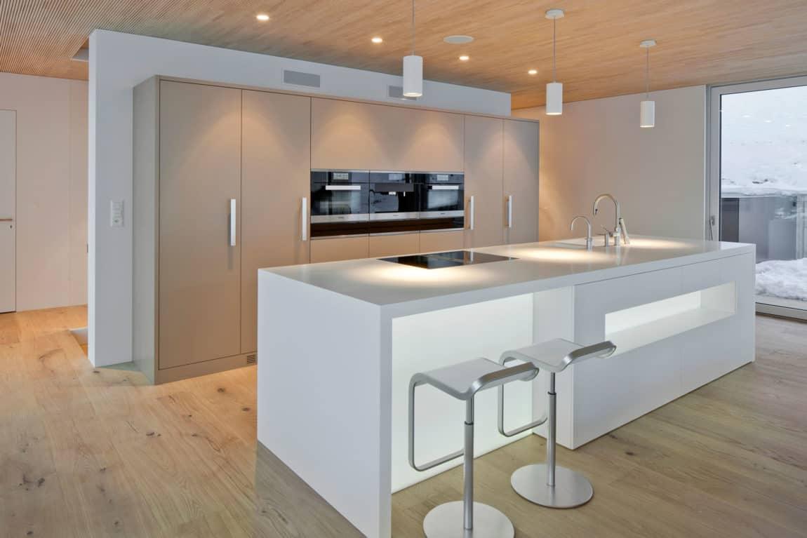 A HI-MACS Home In Termen (3)