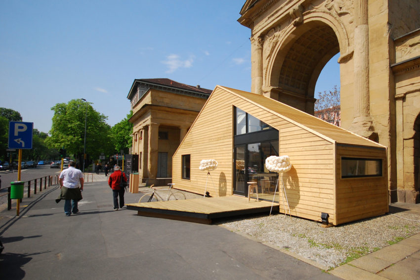 Amazing Use of Limited Space in the Esclice Mobile Home (2)