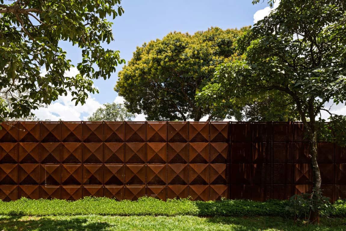 BLM House by ATRIA Arquitetos (2)