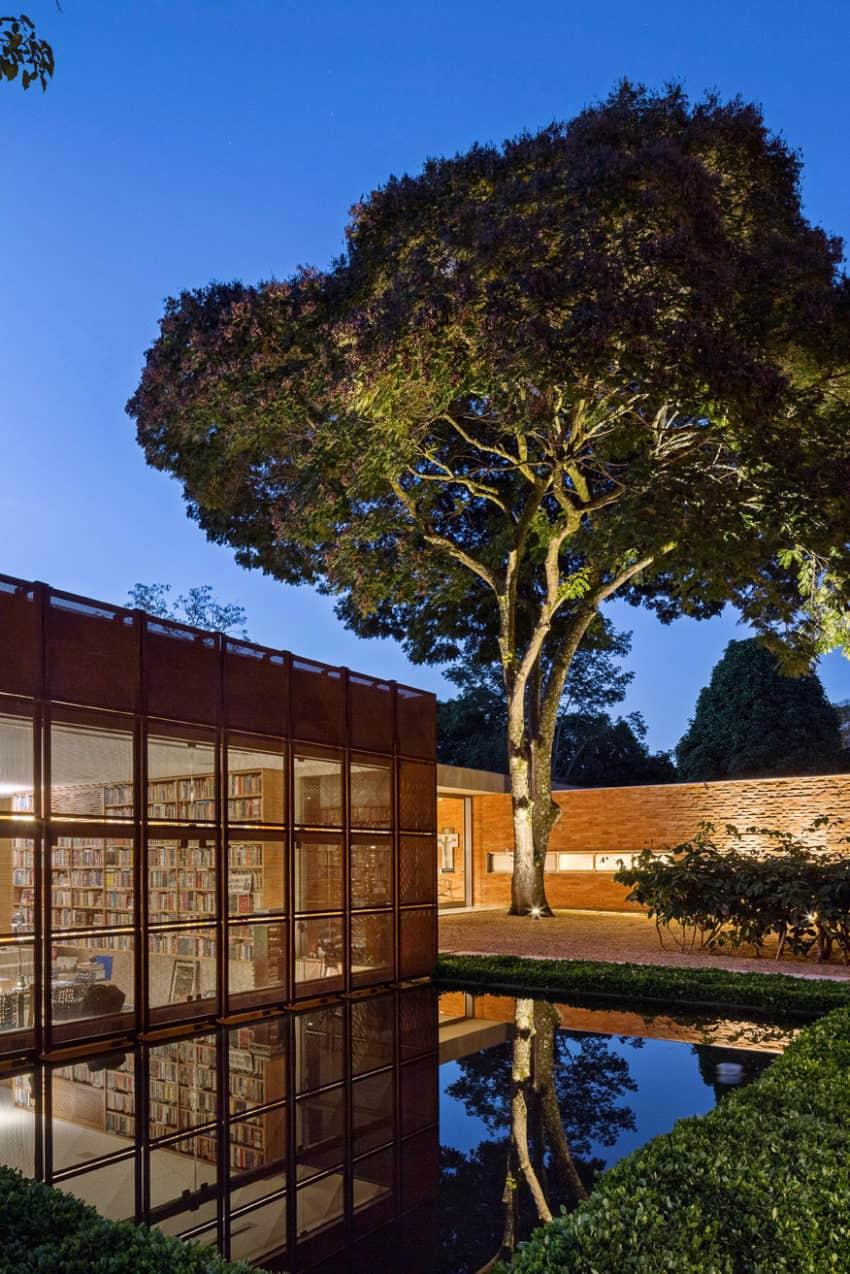 BLM House by ATRIA Arquitetos (21)
