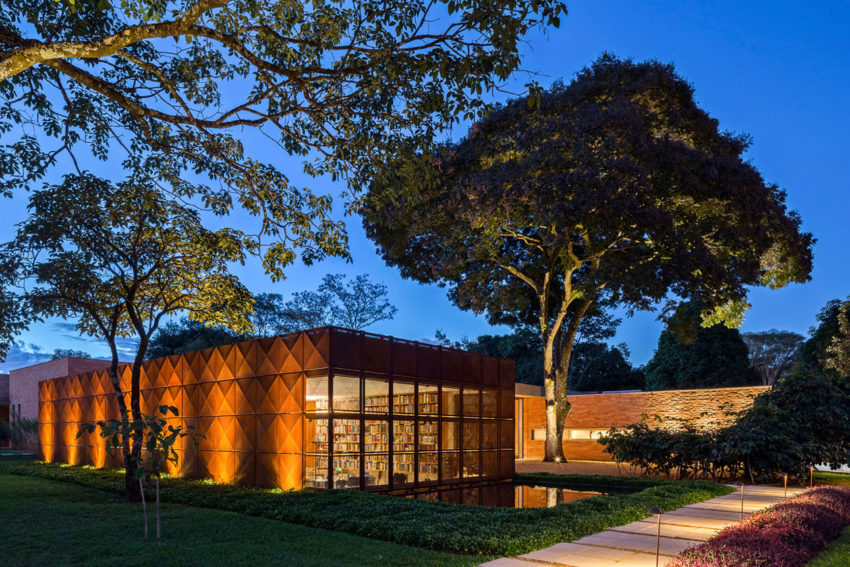 BLM House by ATRIA Arquitetos (22)