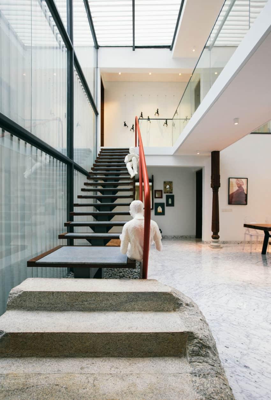Courtyard House by Abin Design Studio (16)