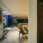 Courtyard House by Abin Design Studio (24)