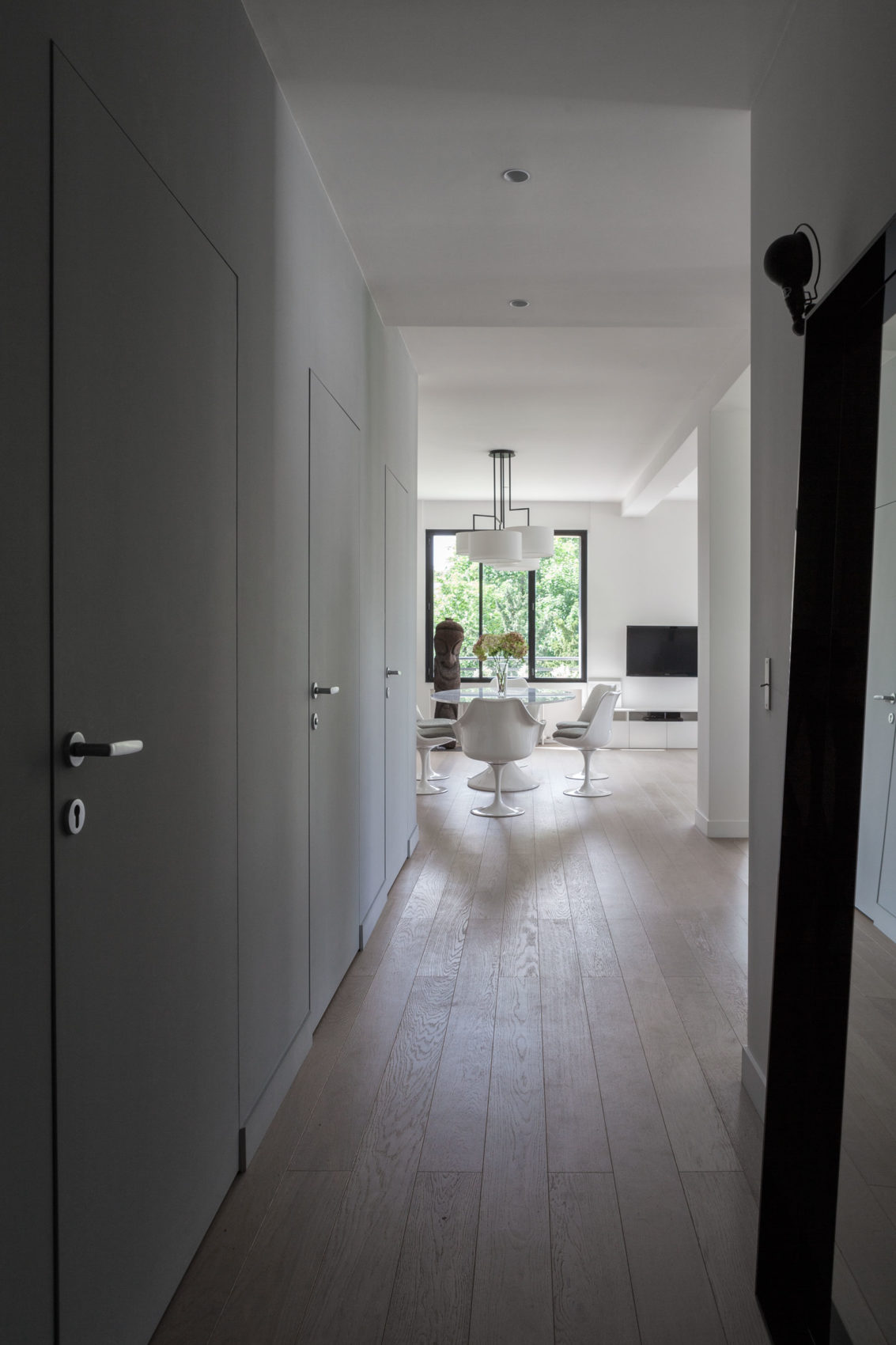 Elegant Home Re-Designed by Agence Frédéric Flanquart (11)