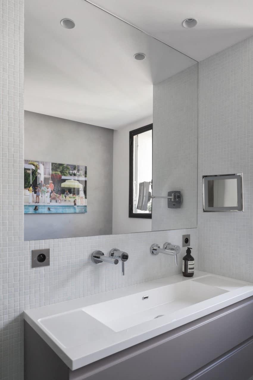 Elegant Home Re-Designed by Agence Frédéric Flanquart (13)