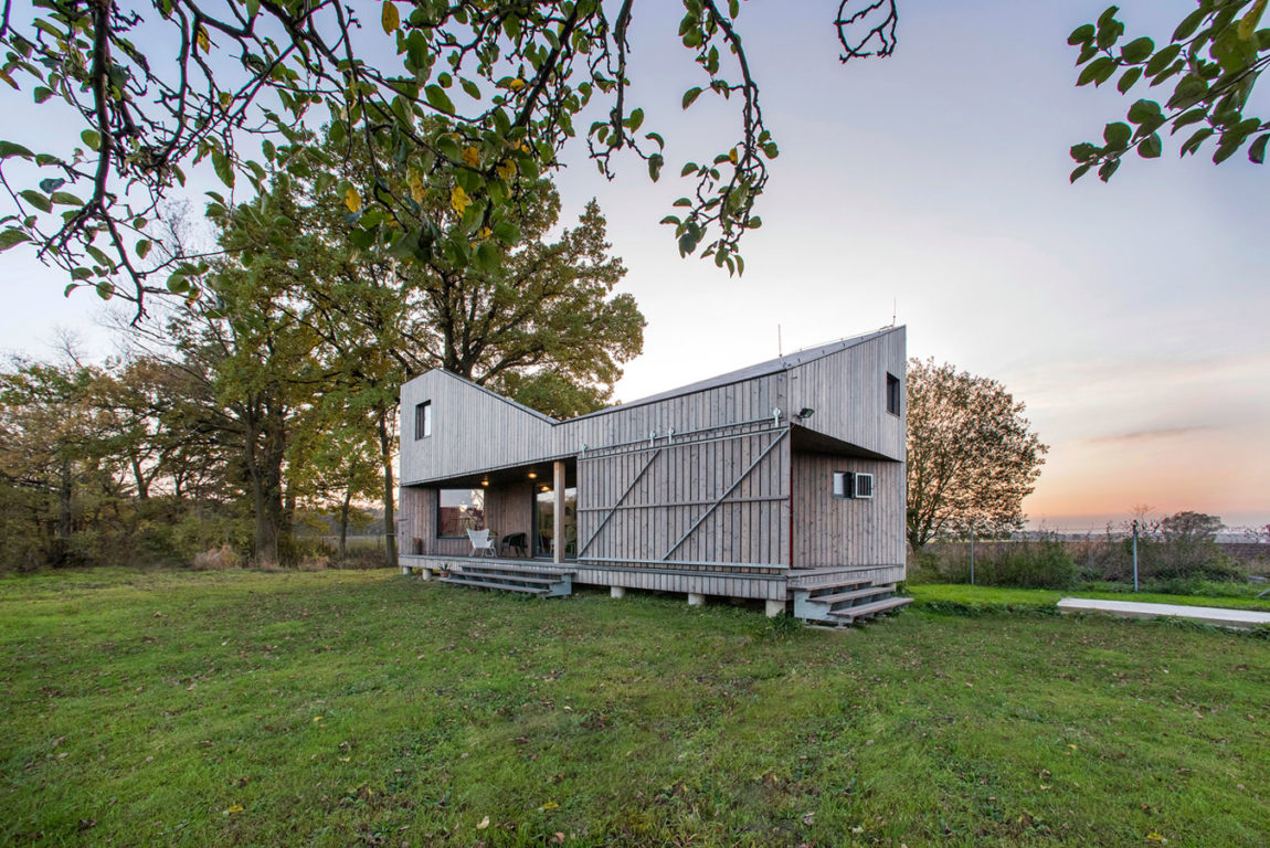 Energy Efficient Wooden House Zilvar by ASGK Design (1)