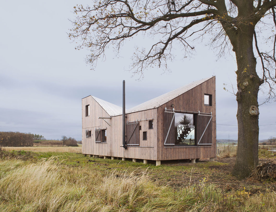 Energy Efficient Wooden House Zilvar by ASGK Design (2)