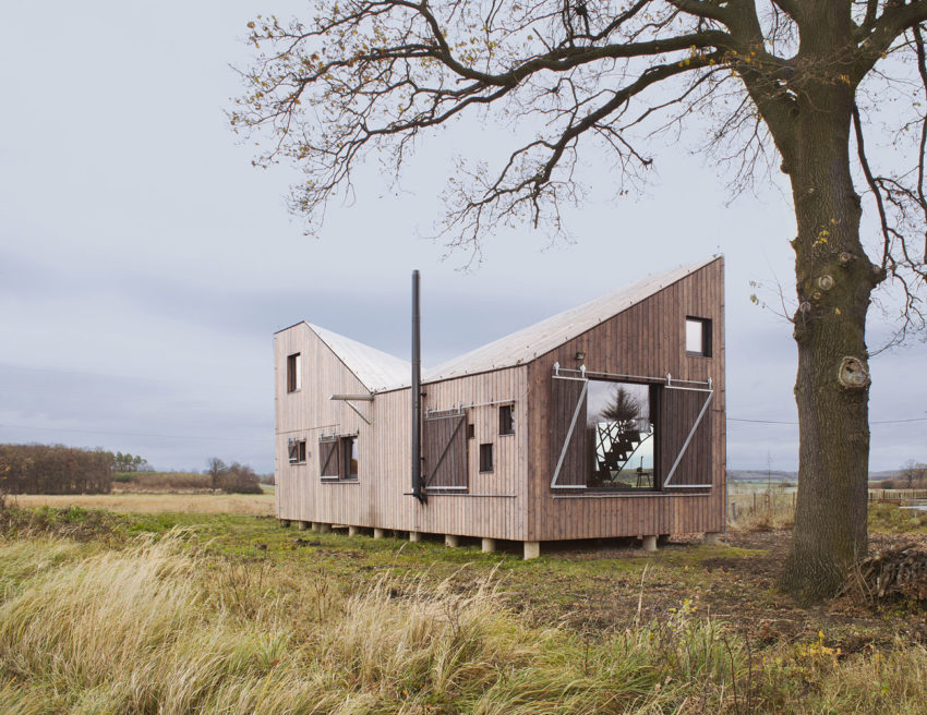 Energy Efficient Wooden House Zilvar by ASGK Design (2)