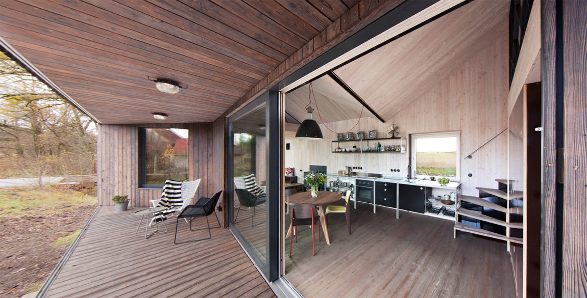 Energy Efficient Wooden House Zilvar by ASGK Design (3)