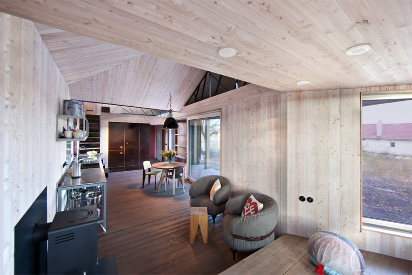 Energy Efficient Wooden House Zilvar by ASGK Design (6)
