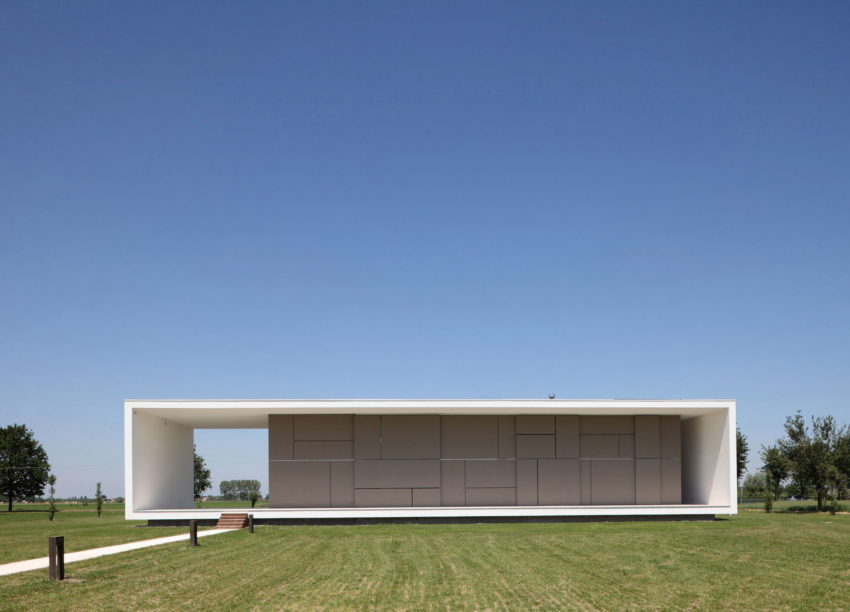 House on the Stream by Andrea Oliva (2)