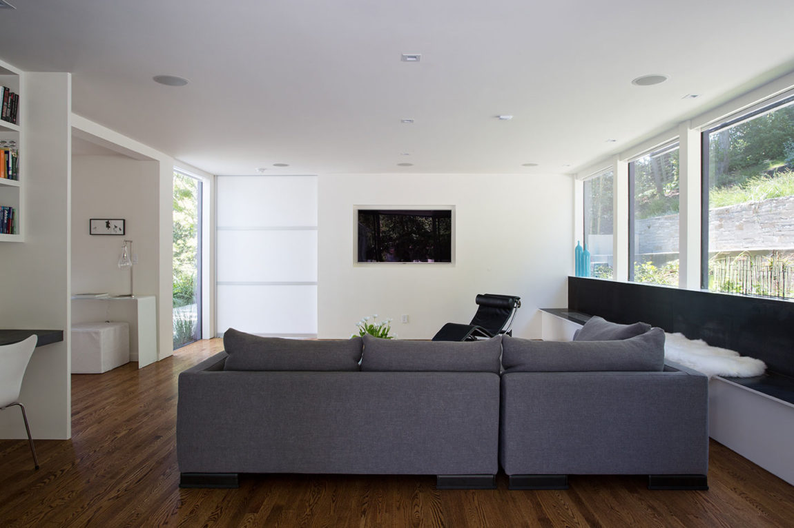 Minimal Modern Addition by Klopf Architecture (8)