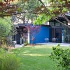 Modern Atrium House by Klopf Architecture (2)