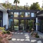Modern Atrium House by Klopf Architecture (3)