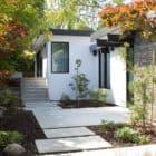 Modern Atrium House by Klopf Architecture (4)