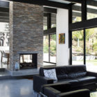 Modern Atrium House by Klopf Architecture‏ (8)