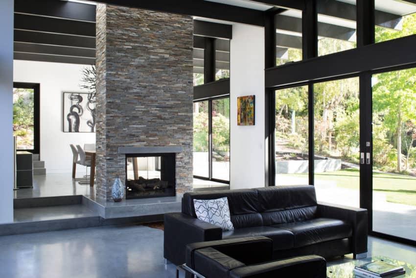 Modern Atrium House by Klopf Architecture (8)