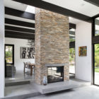 Modern Atrium House by Klopf Architecture‏ (10)