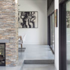 Modern Atrium House by Klopf Architecture‏ (11)