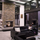 Modern Atrium House by Klopf Architecture‏ (26)