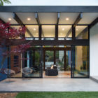 Modern Atrium House by Klopf Architecture‏ (30)
