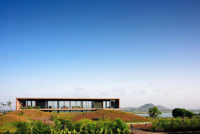 Panorama House by Ajay Sonar (2)