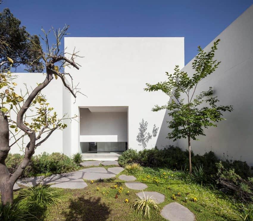 T/A House by Paritzki & Liani Architects (4)
