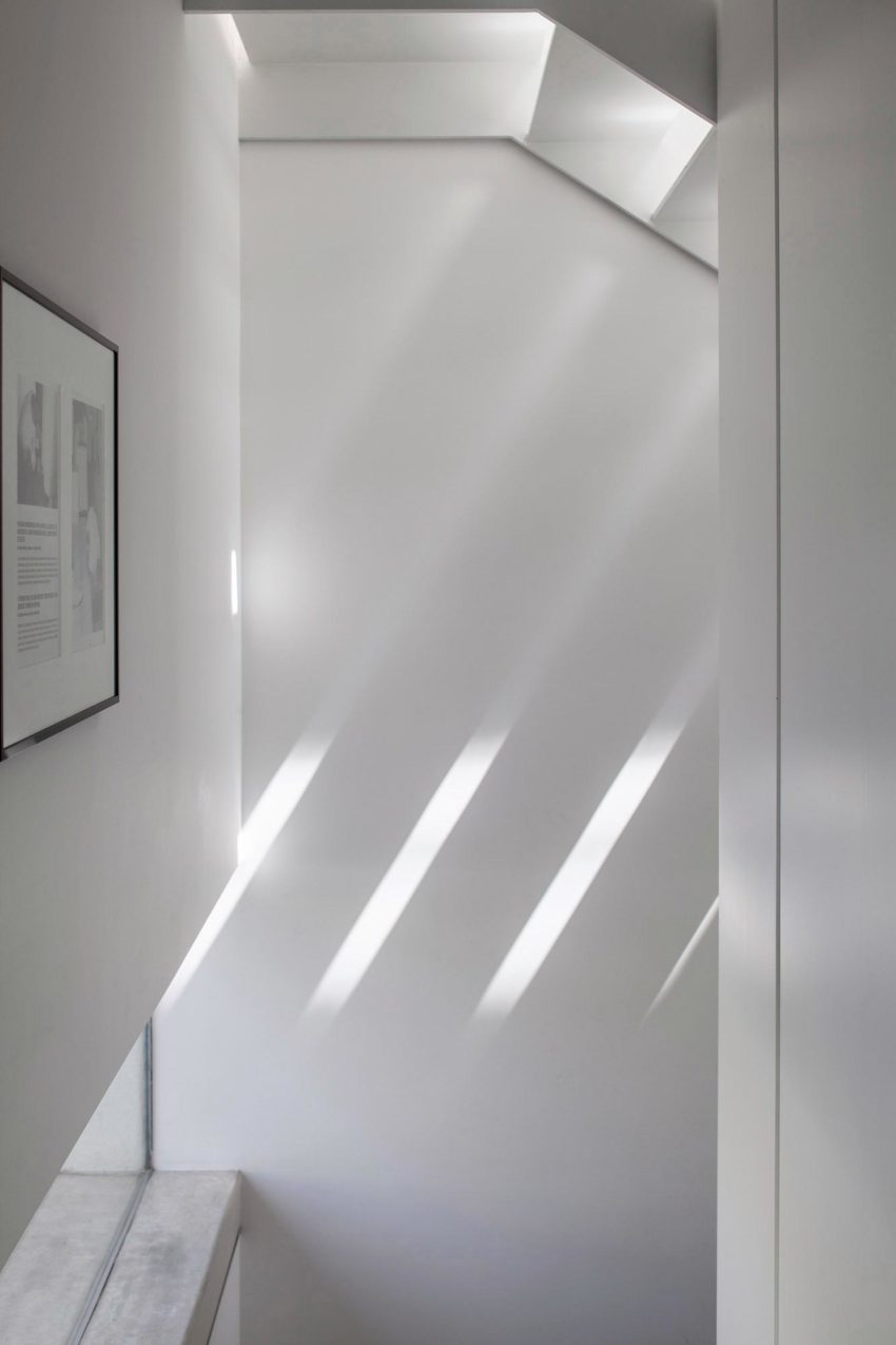 T/A House by Paritzki & Liani Architects (16)