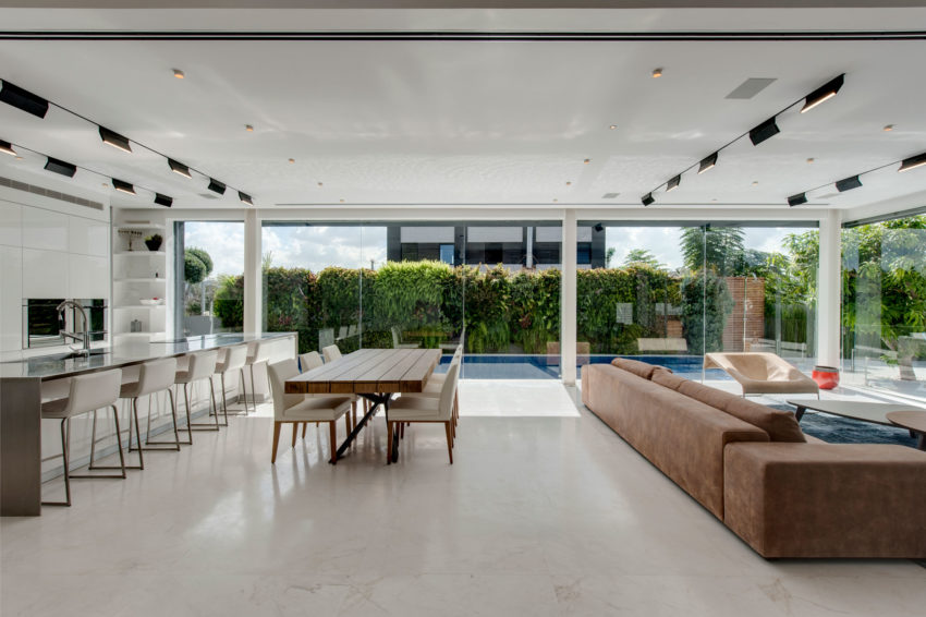 The Hidden House by Israelevitz Architects (18)