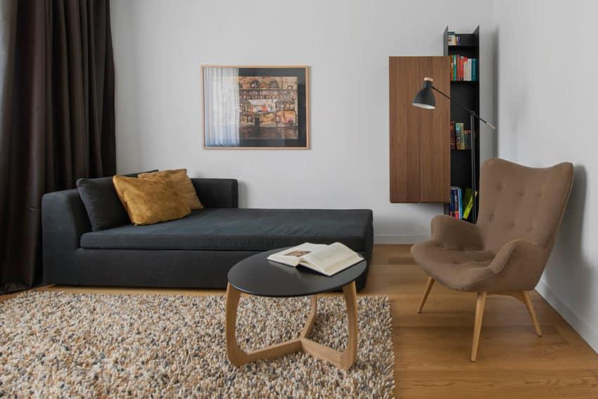 Tikhonov Dsgn Creates Tiny Apartment Interior in Moscow (6)