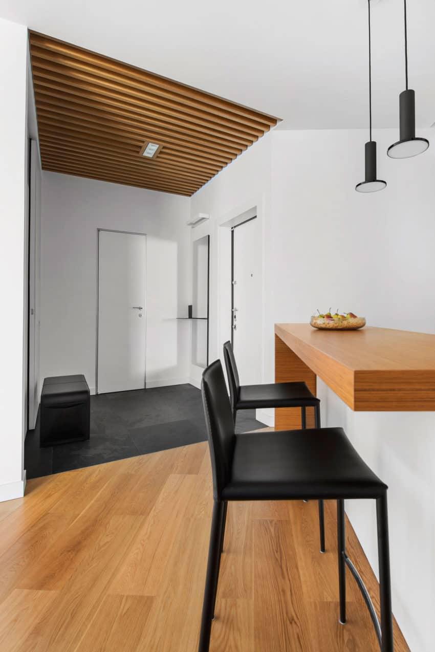 Tikhonov Dsgn Creates Tiny Apartment Interior in Moscow (12)