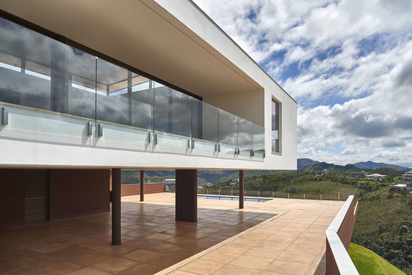 Valley House by David Guerra (6)