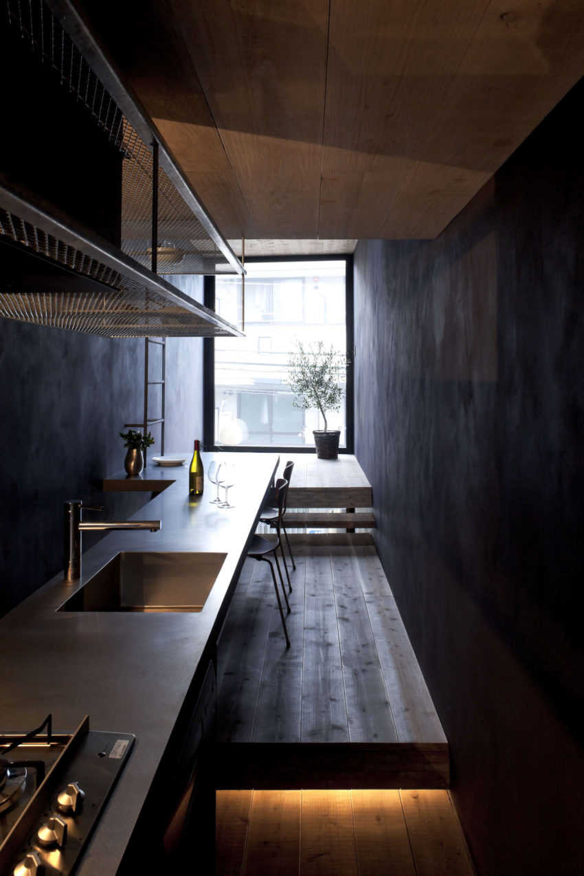 1.8M Width House by YUUA Architects & Associates (5)