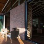 A Rustic Country Home in Rostov (5)