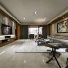 A Spacious Apartment Full of Contemporary Elegance (4)