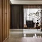 A Spacious Apartment Full of Contemporary Elegance (5)