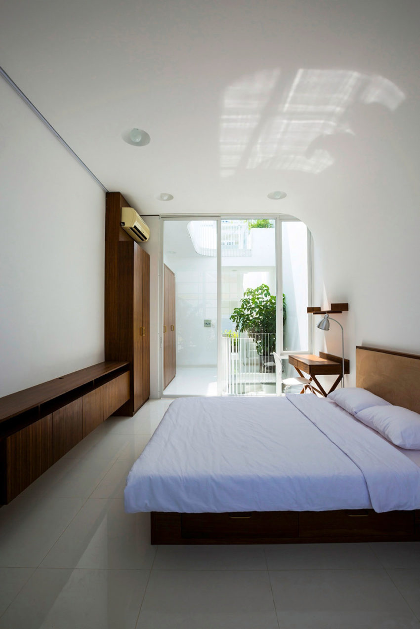 A Vertical Home in Ho Chi Minh City (10)